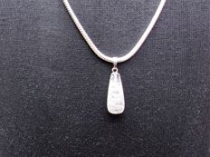 Sterling women´s necklace, 925, with pendant, length 60 cm