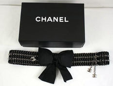 Chanel chain belt with bow.