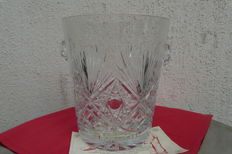 Crystal champagne cooler, master glassmaker Etzel, France, end of the 20th century