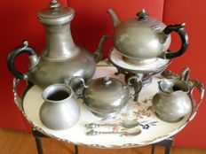 6-piece pewter coffee- or tea set on Gentian tray.