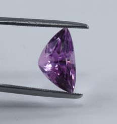 Kunzite - 6.28 ct - no reserve price