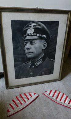 German photo of customs officer + Shoulder straps WW2
