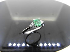 18k Gold Emerald and Diamond Dress Ring - size 51