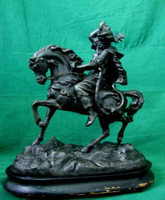 Patinated white metal sculpture of a Moorish warrior on horseback - France - early XX century