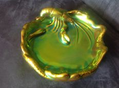 Zsolnay Pecs - Green lustre Eosin table piece in the shape of a lobster on a plate