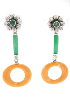 Gold earrings (14 kt) with diamonds (0.26 ct), emeralds, coral and hard stones – 4.5 cm