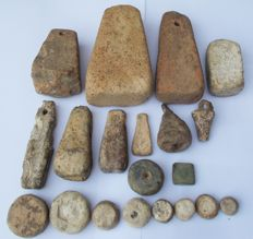 Collection of 20 varied Roman weights