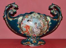 Large enamelled earthenware basin with 'broken love' theme decoration