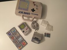 Nintendo Game Boy Classic 1989 DMG-01 console, Link cable, Light, original carrier case GB-80 with 8 games, Tetris, Ducktales 1+2 and more