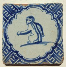17th century tile with a monkey - Rare tile
