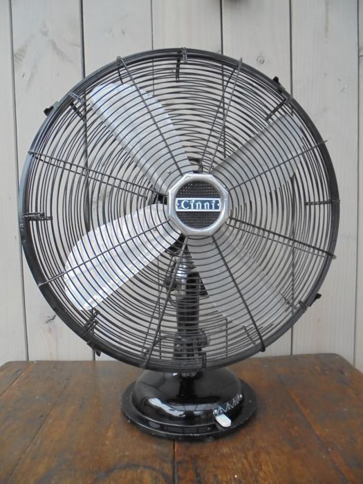 Charmant Large Metal Table Fan CINNI, (Du003d44cm), National Winder (India
