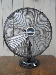 Large metal table fan CINNI, (D=44cm), National Winder (India)