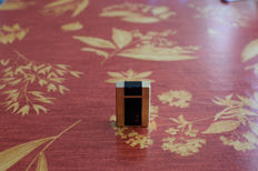 ST Dupont Paris lighter - black Chinese lacquer and gold plated - ca. 1987