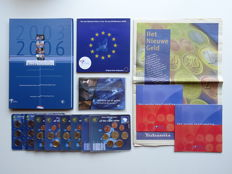 Various countries – Collection of 16 Euro coin sets, plus an original newspaper supplement