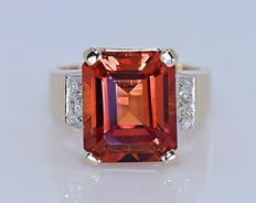 8.70 Ct Orange Topaz with Diamonds ring - Size: 9 - No reserve price!