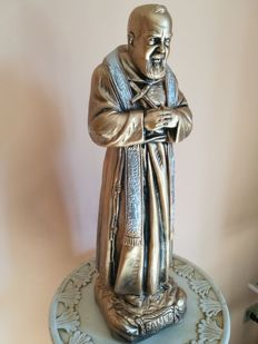 Camillini, authentic large-sized statue of St Pio of Pietrelcina (blessed onsite)
