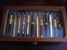 Fabulous collection of 24 fountain pens, plated in gold 24 kt and Silver 925