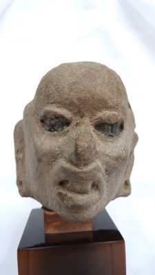 Beautiful pre-Columbian head - 7.5 cm