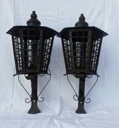 An old pair of lamp post lanterns in hand-wrought iron - Italy, ca. 1920