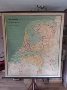 Very old and beautiful first school map of The Netherlands, 1924, first edition.