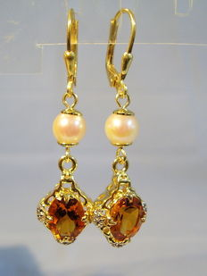 Earrings with Madeira citrines, white topazes (4.6ct in total) and genuine salt water pearls