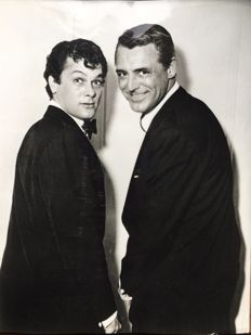 Unknown - Cary Grant and Tony Curtis - 1959