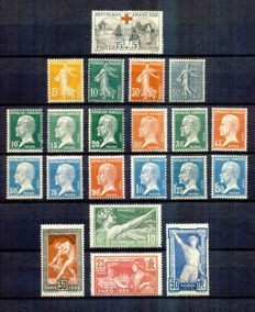 France 1918/1924 – Selection of complete series with Red Cross – Yvert no. 156, 159-61, 170-181 & 183-186