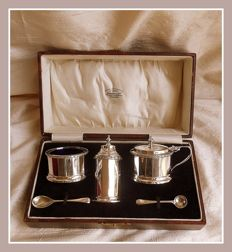 Sterling silver three piece codiment set w/ liners and spoons, William Neale & Sons Ltd, Birmingham, 1926
