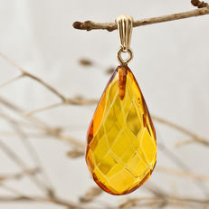 Gold faceted Baltic Amber drop pendant