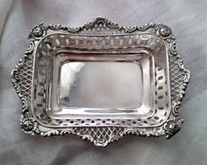 Victorian silver pierced bonbon dish with mark of William Neale, Sheffield - 1898