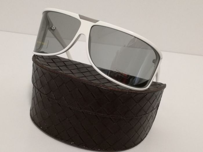 Bottega Veneta – Women's sunglasses