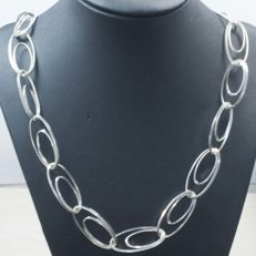 925/1000 silver necklace –  Length: 60 cm – Weight: 31.90 g.