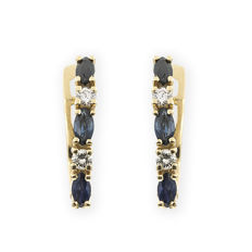 18 kt yellow gold – earrings – marquise-cut sapphire of 0.50 ct – brilliant-cut diamonds totalling 0.20 ct – earring height: 15.90 mm (approx.)