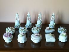 Lot of 14 pieces in original Capodimonte porcelain, 1970s/80s with original stamps