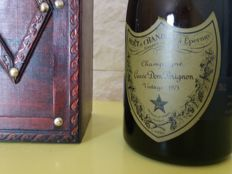 1975 Champagne Dom Perignon Vintage - 1 bottle with wood box