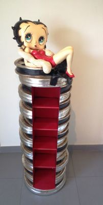 Betty Boop - Statue - 160cm high - Handmade of fiberglass - Betty Boop on a CD tower