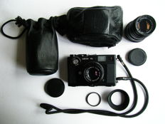 Leica CL with Summicron-C and Elmar-C lenses (1974)