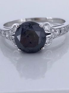 14kt gold ring with a black diamond total  2.21  ct - size 53 *** No reserveprijs ***