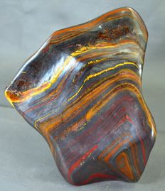 Unique, hand-crafted Tiger's Eye tumble - 139 x 128 x 55mm - 1146gm