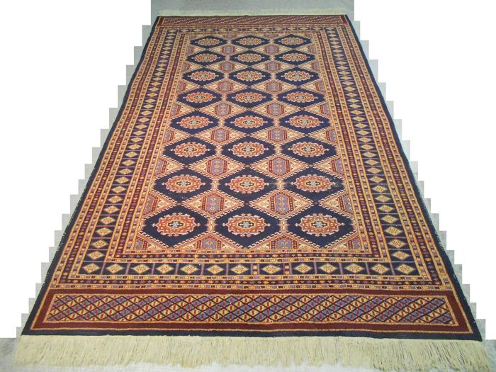 Excellent hand-knotted Orient carpet Pakistan –  Bokhara – 274 x 160 cm.  Early 20th century