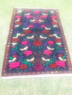UNIQUE Hand Knotted Animal Pictorial Small Birds Hunting Woolen Rug 135 x 90 cm
