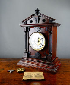 Antique wooden table clock - England, Bradford, 20th century
