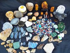 Huge collection of mineral stones - cut, polished and natural - 5 to 100mm - 7kg