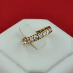 Superb 22 Diamonds (+/- 1.50ct H Color/ VS-SI Clarity) Set on 18K/750 Yellow Gold Full-setting Wedding Band/Ring - E.U Size 53  **LOW RESERVE + FAST SHIPPING**