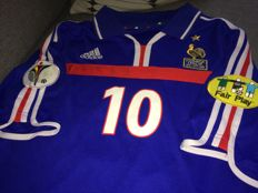 Zinedine Zidane / France - Euro 2000, Final shirt; France vs Italy 02/07/2000.