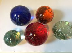 Lot of 5 solid glass paperweight