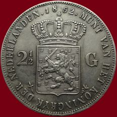 The Netherlands – 2½ guilder coin 1852 a with dot, Willem III – silver
