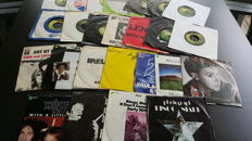 """Beatles solo and related  - 7"""" collection from 25 Singles"""