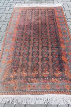 Hand-knotted Persian carpet, collector's item, 210 x 120 cm Beginning of the 20th century