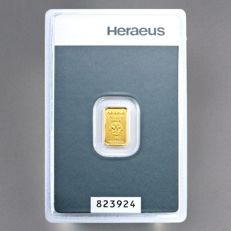 Heraeus gold bullion, 1 gram - 999 fine gold - safely packed in blister - with certificate and serial number